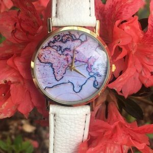 Accessories - Ivory map watch